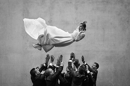 Gallery 25 - WBWP - 100 Best Wedding Photos of the Decade
